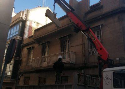 Demolición de edificio viviendas c/ Cuba Vigo